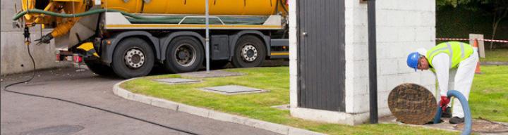 dịch vụ rút hầm cầu tại bình thuận giá rẻ bảo hành chu đáo