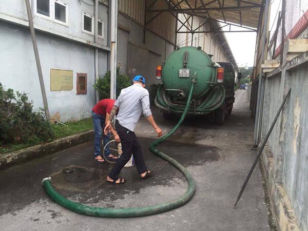Nhu cầu hút hầm cầu ở Bảo Lộc tăng nhanh