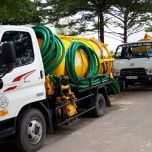 Hút hầm cầu định kỳ để đảm bảo an toàn và vệ sinh