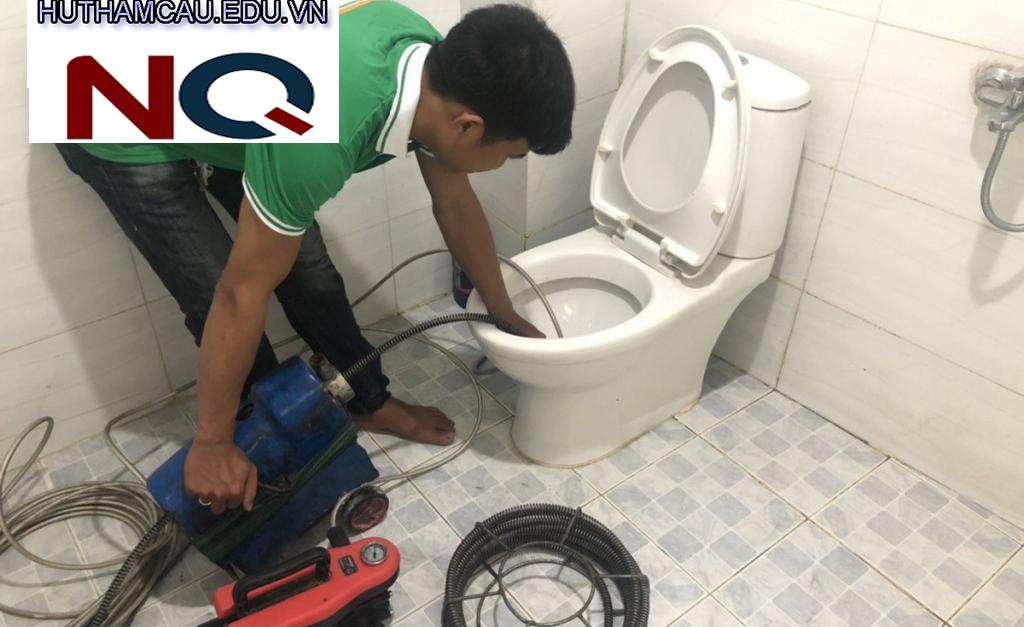 Dịch vụ thông tắc bồn cầu chuyên nghiệp giá rẻ - Nhật Quang