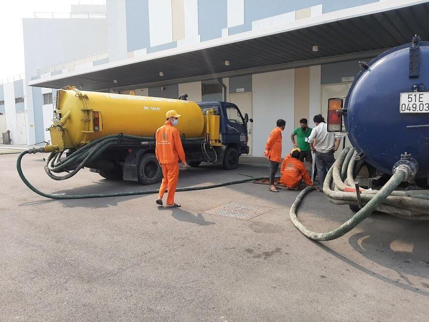 Công ty hút hầm cầu Nhật Quang chuyên nghiệp và uy tín