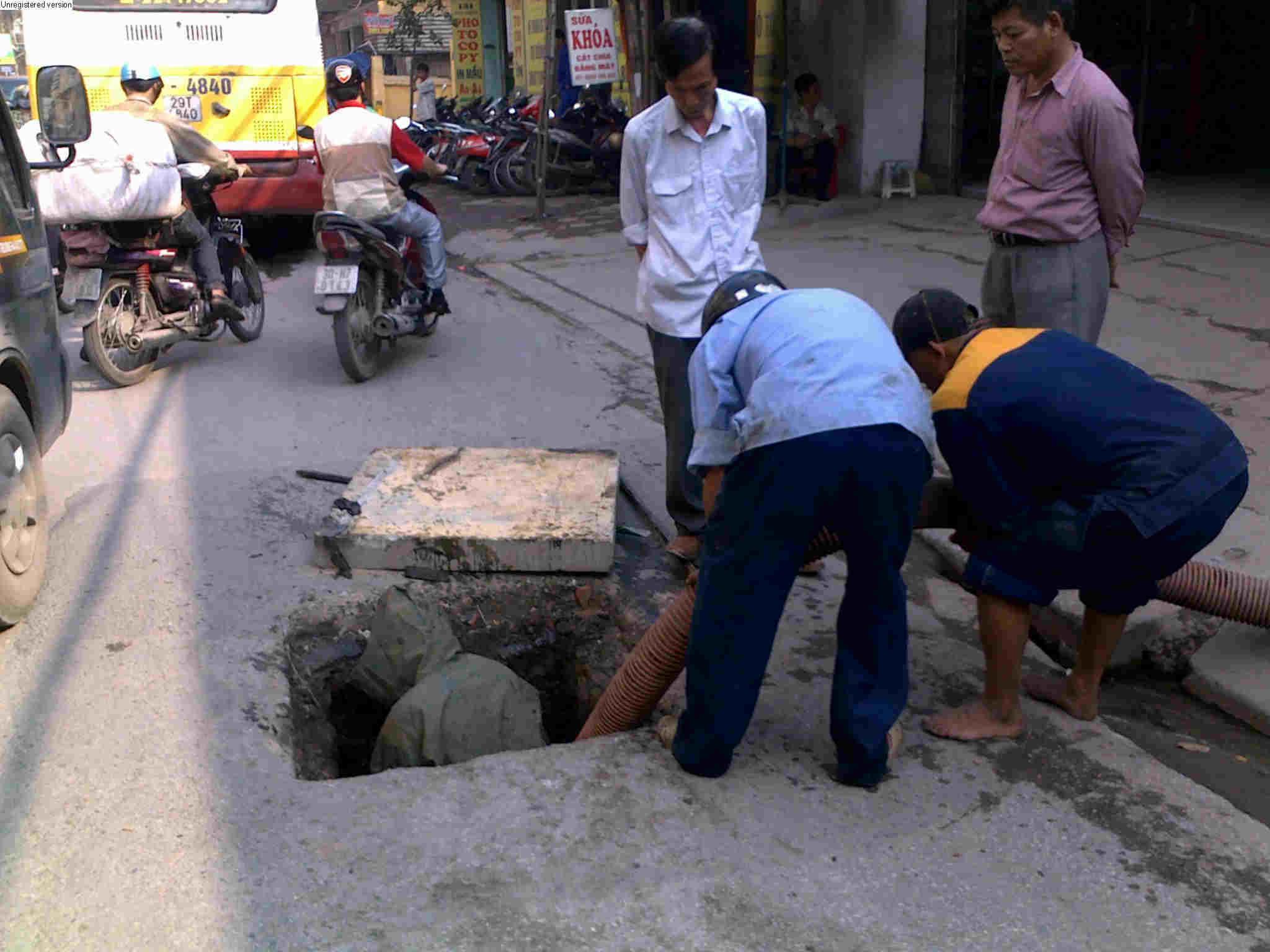 Dịch vụ hút hầm cầu Nhật Quang giá rẻ chất lượng