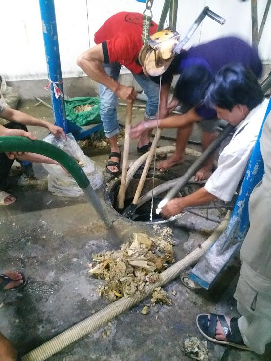 Đơn vị hút bể phốt Nhật Quang luôn làm việc nhanh chóng nhất